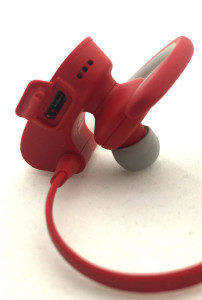 Beats-Powerbeats2-microUSB