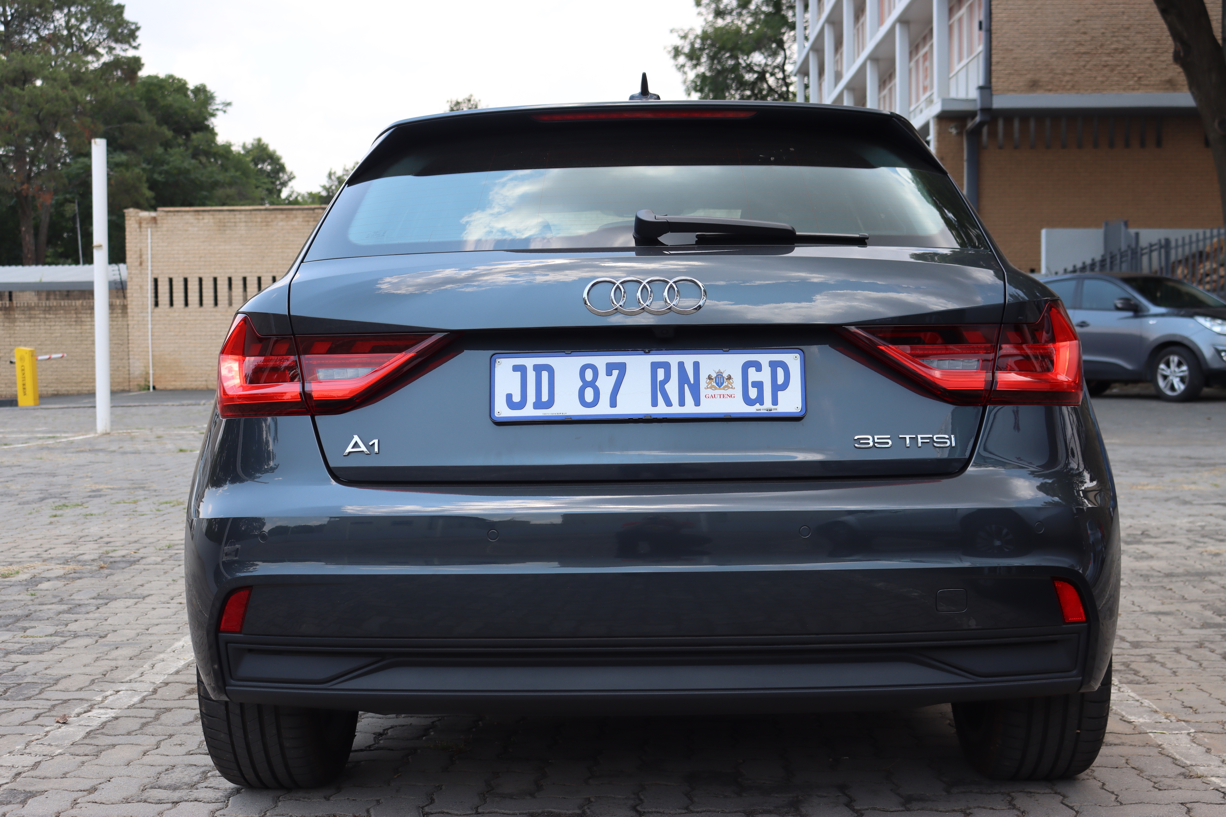 Audi A1 Sportback 35 Tfsi Review The Start Of A Long Road To Pay It Off Stuff